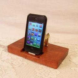 iPhone - iPod Dock - Charger and Sync Station - Cherry - Brass style V1 - For iPhone and IPod - iDock
