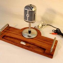 iPad - iPhone - iPod - Dock - Sync and Charging Station- Oak - Microphone - iPad Dock IPhone4 Dock iPod